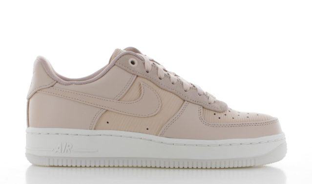 Nike Air Force 1 '07 Lux Roze Dames