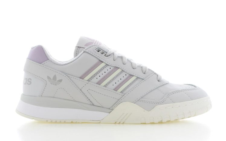 23884989333 adidas A.R. Trainer Dames | G27714 | Sneakers.nl
