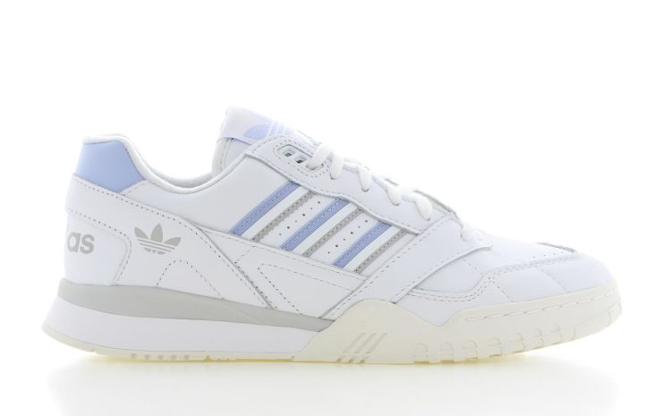 adca70d1d44 adidas A.R. Trainer Wit Dames | G27715 | Sneakers.nl